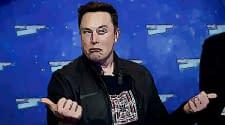 Elon Musk: Sekarang Kamu Bisa Beli Tesla Pakai Bitcoin